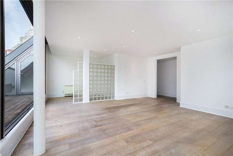 2 Bedrooms Flat for sale in Wild Street, Covent Garden, London, WC2B