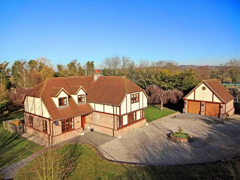 5 Bedrooms Detached House for sale in Mayes Lane, Sandon