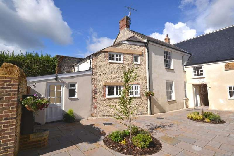 4 Bedrooms End Of Terrace House for sale in Long Street, Cerne Abbas, Dorchester