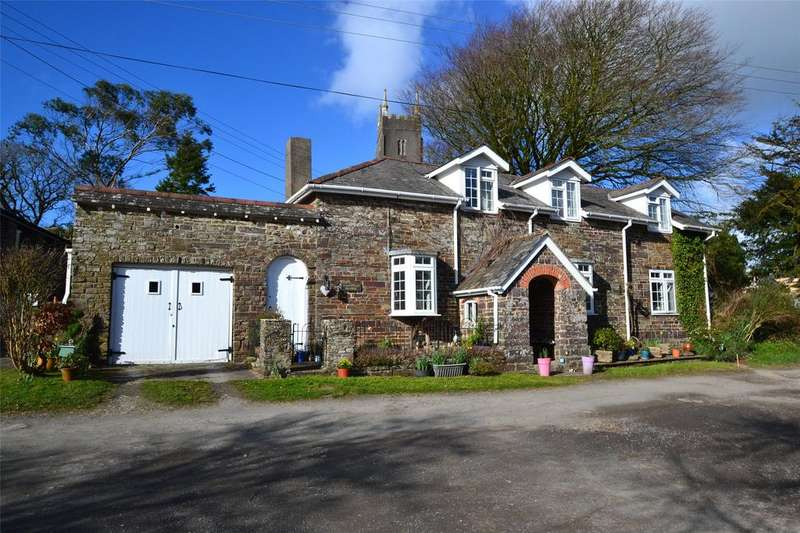 3 Bedrooms Detached House for sale in Little Torrington, Torrington