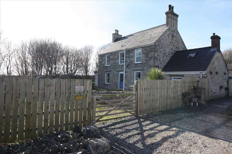 4 Bedrooms Semi Detached House for sale in Fron Deg Isaf, Llangaffo