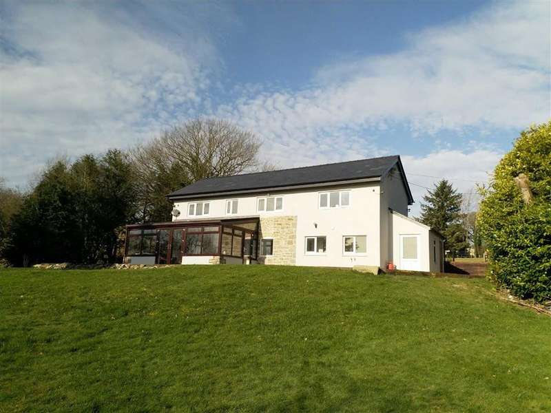3 Bedrooms Detached House for sale in Trefeglwys