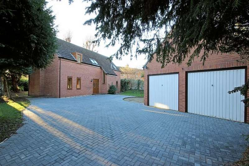 4 Bedrooms Detached House for sale in Wide Street, Hathern