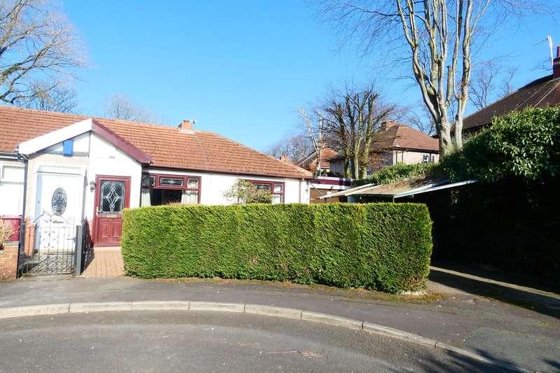 2 Bedrooms Bungalow for sale in Durham Avenue, Burnley, Lancashire, BB12