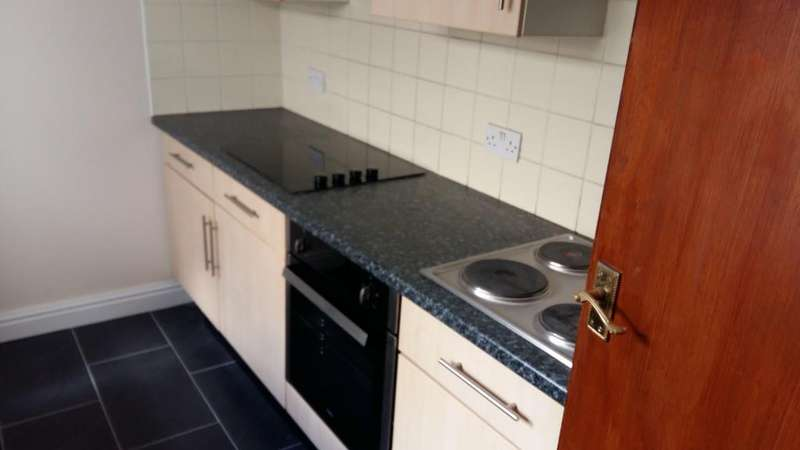 6 Bedrooms Flat for rent in 87, Coburn street, Cathays, Cardiff, South Wales, CF24 4BR