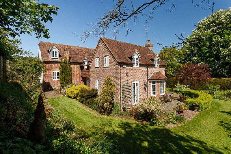 4 Bedrooms Detached House for sale in Barham