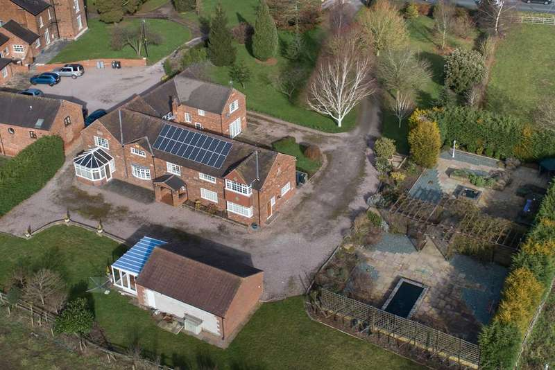 6 Bedrooms Detached House for sale in Stapeley, Cheshire