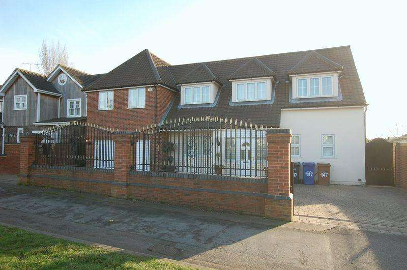 6 Bedrooms Detached House for sale in Grays