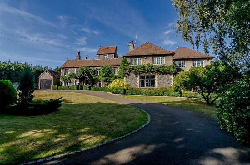 5 Bedrooms Country House Character Property for sale in Forge Lane, Shorne, Kent