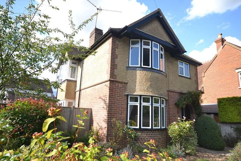 4 Bedrooms Detached House for sale in Highmoor Road, Caversham Heights, Reading