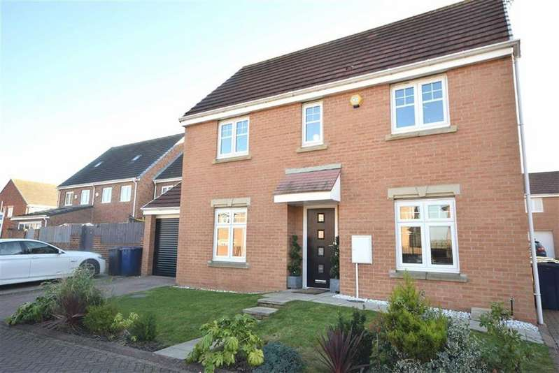 3 Bedrooms Detached House for sale in Burnside Close, Boldon Colliery