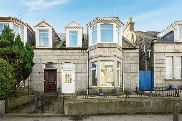 3 Bedrooms Terraced House for sale in Powis Terrace, Aberdeen