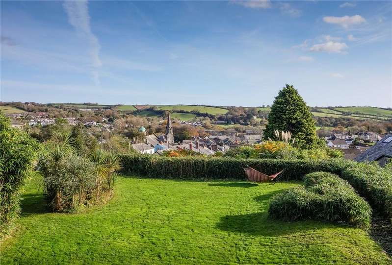 6 Bedrooms Terraced House for sale in Lostwithiel, Cornwall, PL22