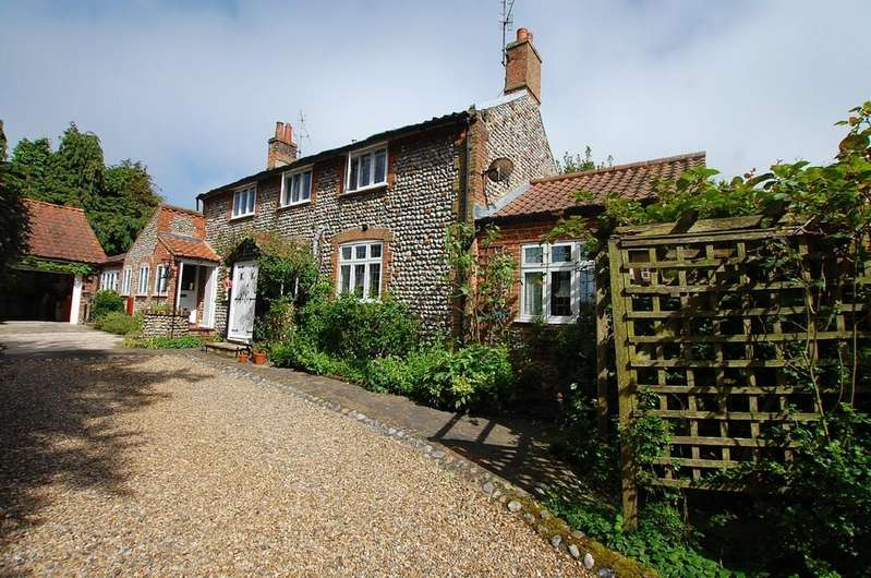 2 Bedrooms House for sale in Overstrand Road, Cromer
