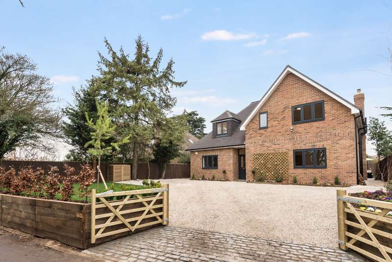 4 Bedrooms Detached House for sale in Caversham, Reading, RG4