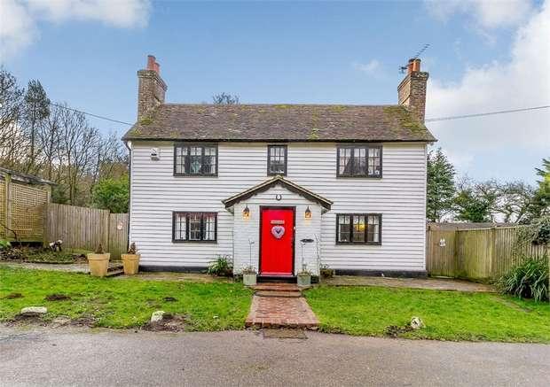 4 Bedrooms Detached House for sale in Vinehall Road, Mountfield, Robertsbridge, East Sussex