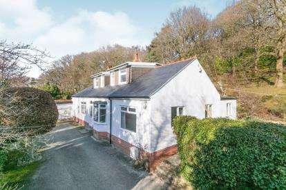 5 Bedrooms Detached House for sale in Rhyddyn Hill, Caergwrle, Wrexham, Flintshire, LL12