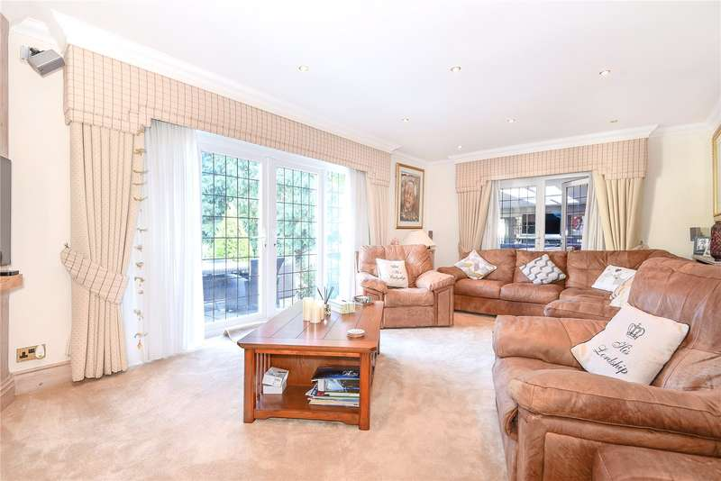 4 Bedrooms Detached Bungalow for sale in Brookdene Avenue, Watford, WD19