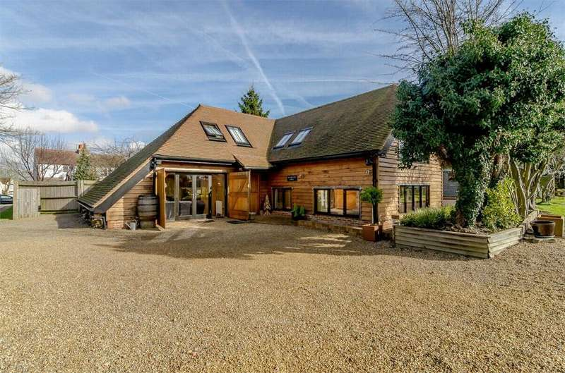 4 Bedrooms Detached House for sale in Meopham Green, Meopham, Kent