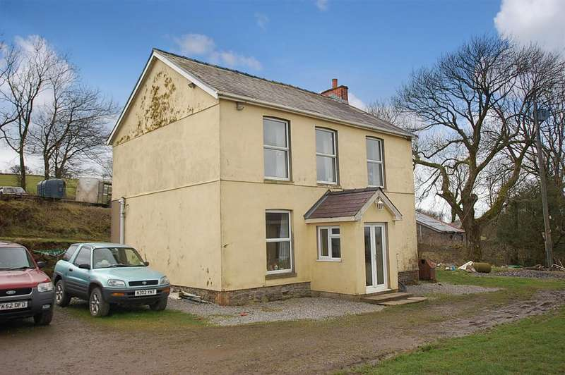 3 Bedrooms Detached House for sale in Llannon CARMARTHENSHIRE