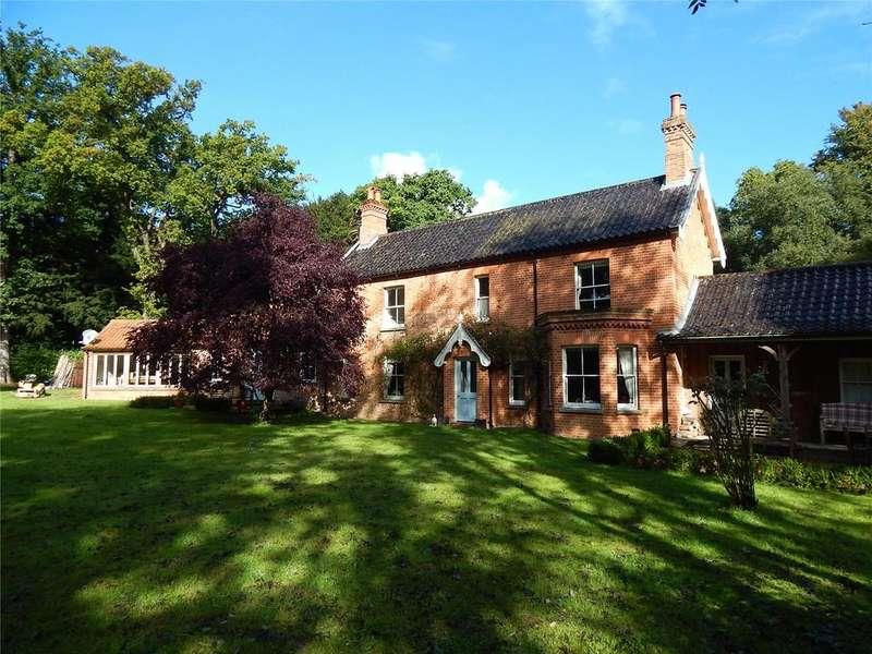 5 Bedrooms Detached House for sale in Melton Park, Melton Constable, Norfolk