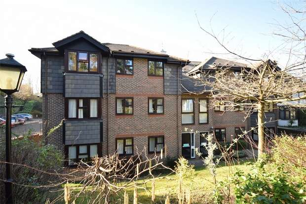 2 Bedrooms Flat for sale in Bradbourne Park Road, SEVENOAKS, Kent