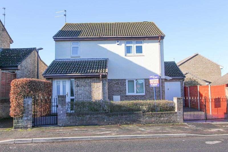 3 Bedrooms Detached House for sale in Lytes Cary Road, Keynsham, Bristol