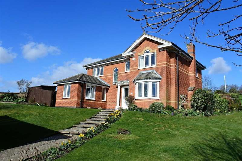 4 Bedrooms Detached House for sale in Grampian Way, Gonerby Hill Foot, Grantham