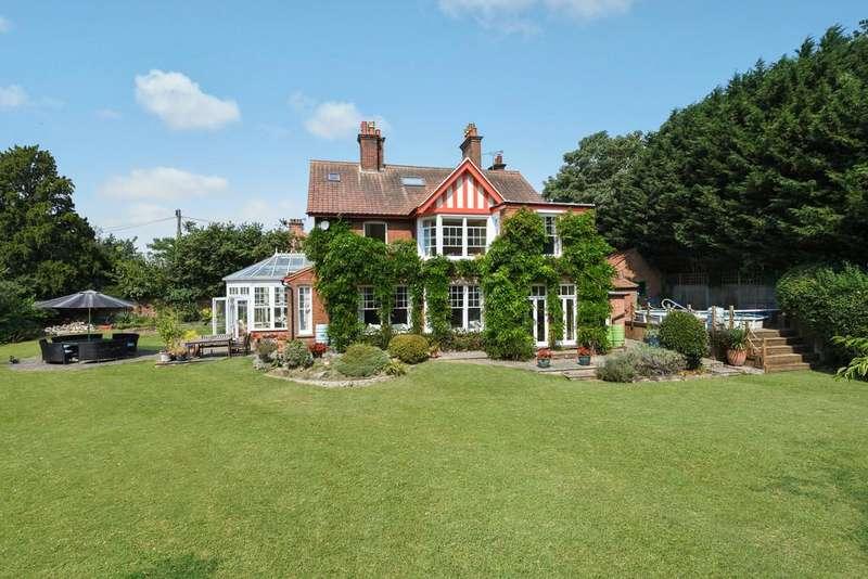 5 Bedrooms Detached House for sale in Woodbridge, Suffolk