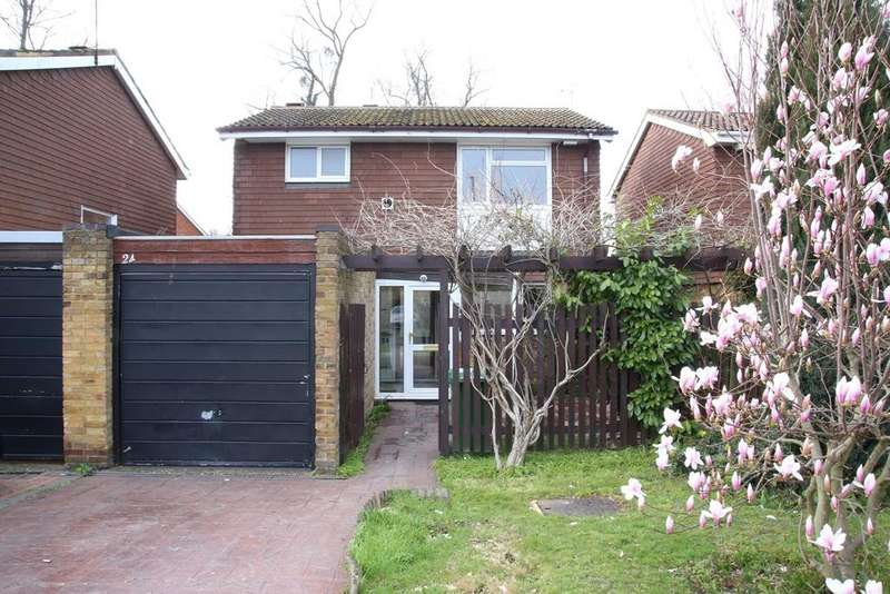 3 Bedrooms Detached House for sale in Gilmore Close, Slough, SL3