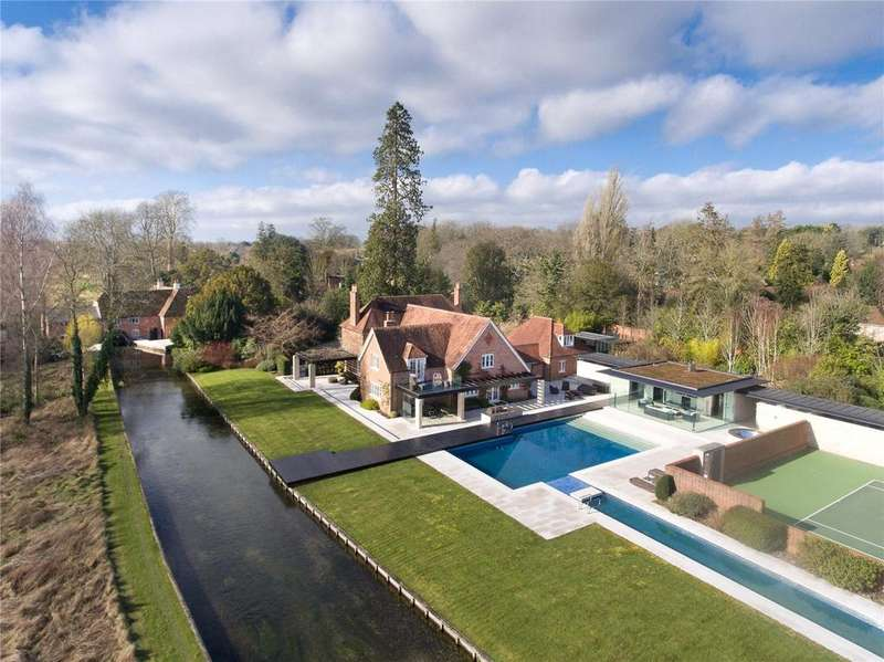4 Bedrooms Detached House for sale in Martyr Worthy, Winchester, Hampshire, SO21