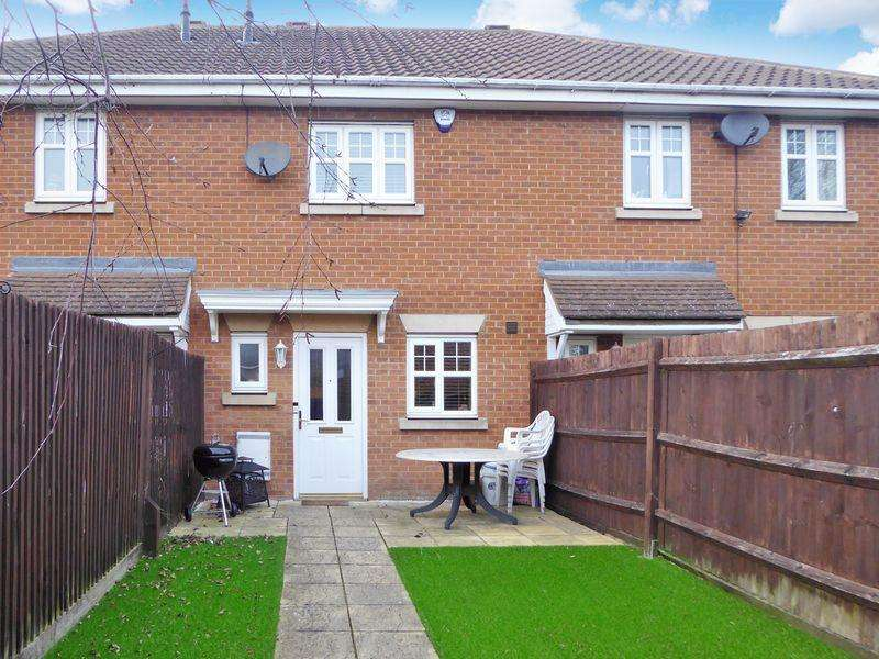 2 Bedrooms Terraced House for sale in French's Gate, Dunstable