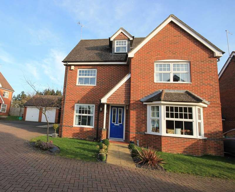 4 Bedrooms Detached House for sale in Rowlock Gardens, Hermitage, Thatcham, RG18
