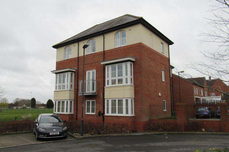 2 Bedrooms Apartment Flat for sale in Sheaves Park, Brentry, BRISTOL