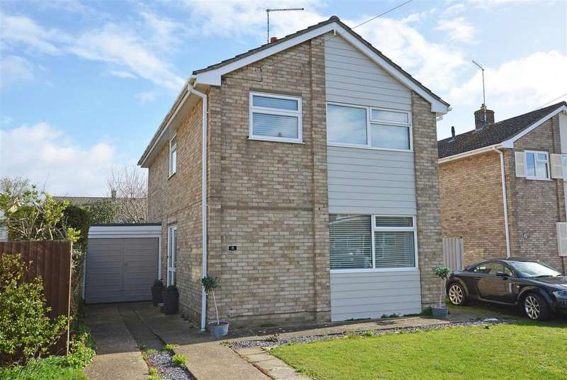 4 Bedrooms Detached House for sale in Ainsdale Drive, Peterborough