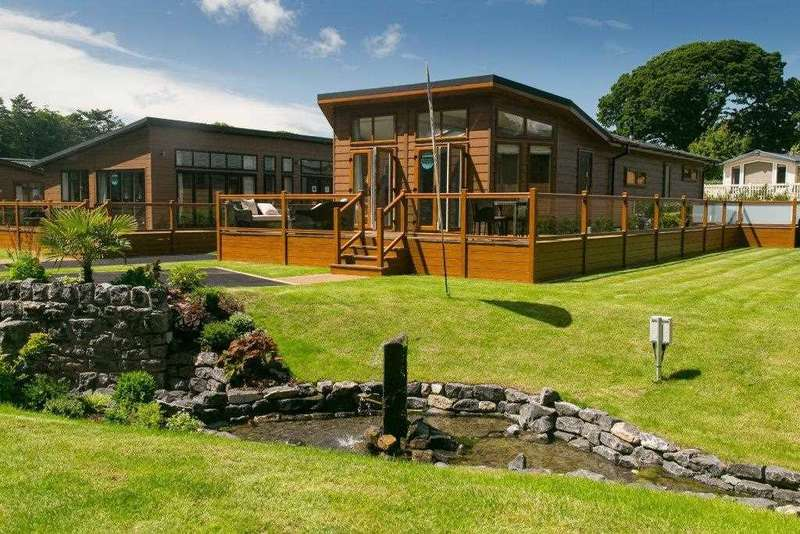 3 Bedrooms Park Home Mobile Home for sale in Prestige Glass House Super Lodge, At Plas Coch 5*Holiday Homes, Llanedwen