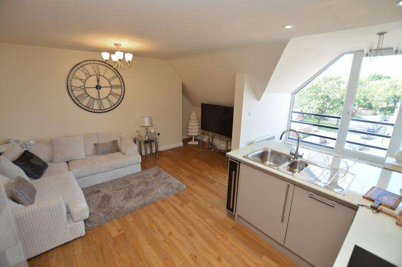 2 Bedrooms Apartment Flat for sale in 37 Bennetts Mill Close, Woodhall Spa
