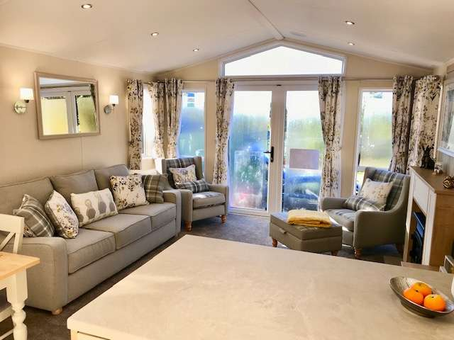 2 Bedrooms Caravan Mobile Home for sale in Fell End Holiday Park, Cumbria