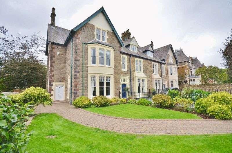 3 Bedrooms Property for sale in Park End Road, Workington