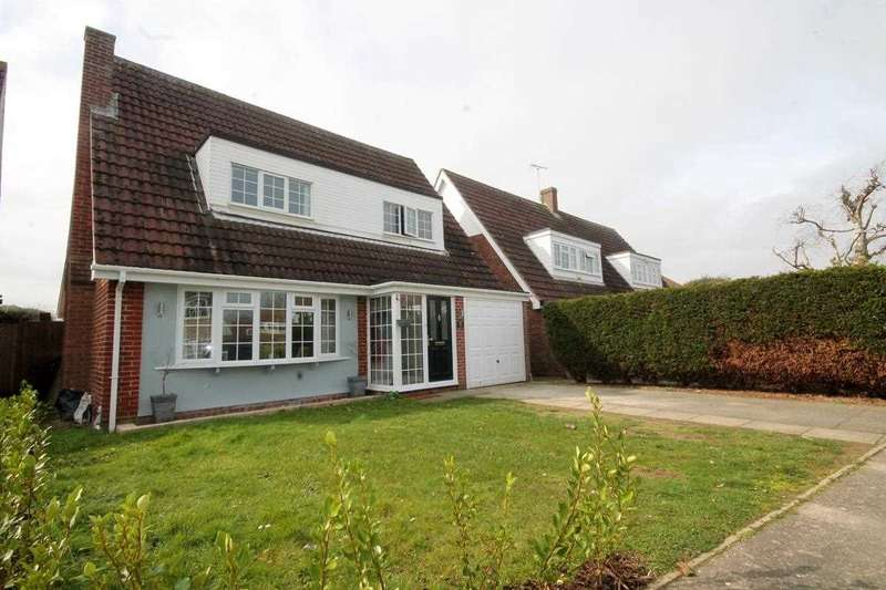 3 Bedrooms Detached House for sale in The Sparlings, Kirby le Soken