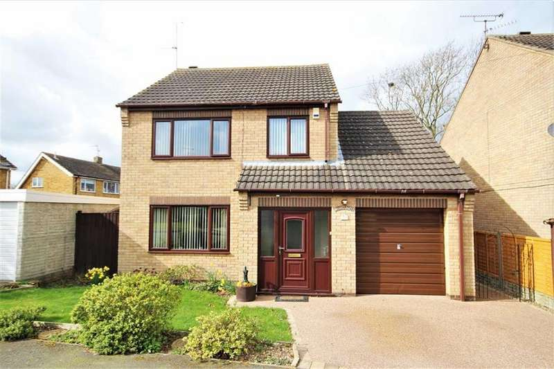 3 Bedrooms Detached House for sale in Sycamore Drive, Waddington, Lincoln, Lincolnshire
