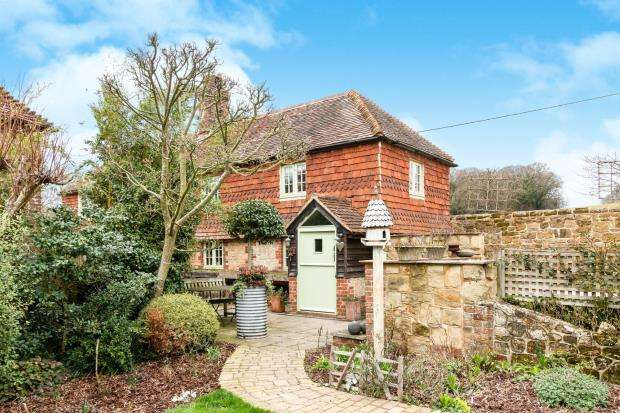 3 Bedrooms Detached House for sale in Northchapel, Petworth, West Sussex