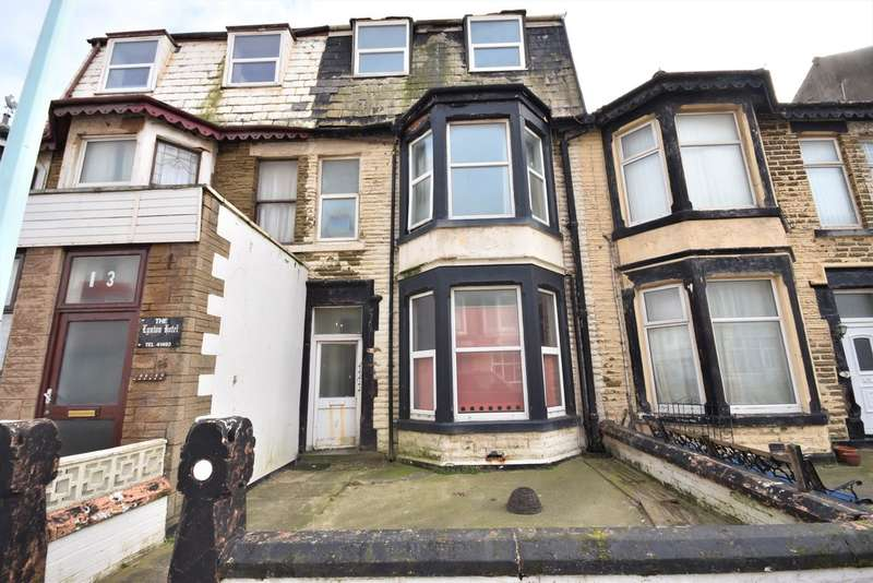 7 Bedrooms Terraced House for sale in Woodfield Road, Blackpool