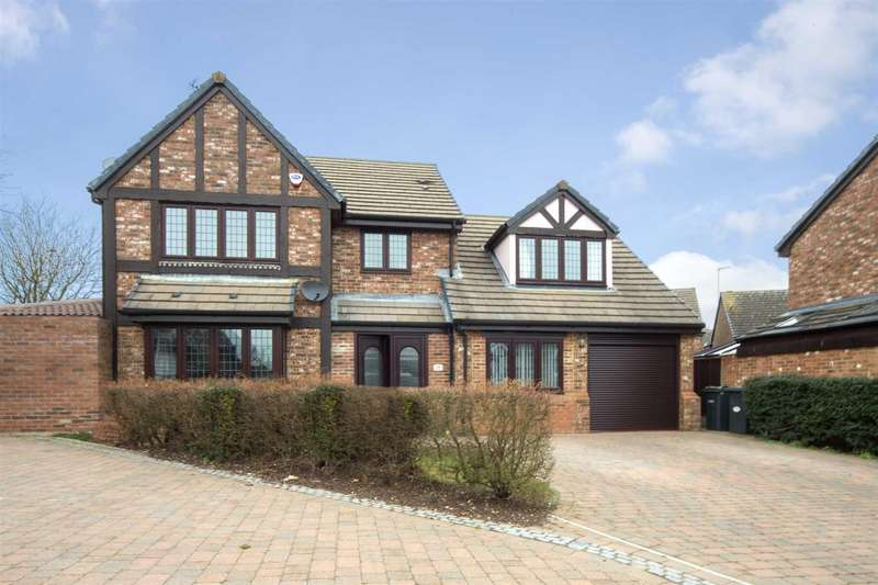 4 Bedrooms Detached House for sale in Milburn Close, Luton