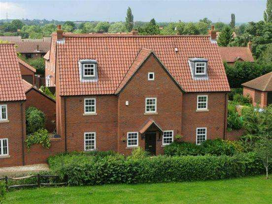 5 Bedrooms Detached House for sale in 9 Green Drive, Fiskerton, SOUTHWELL