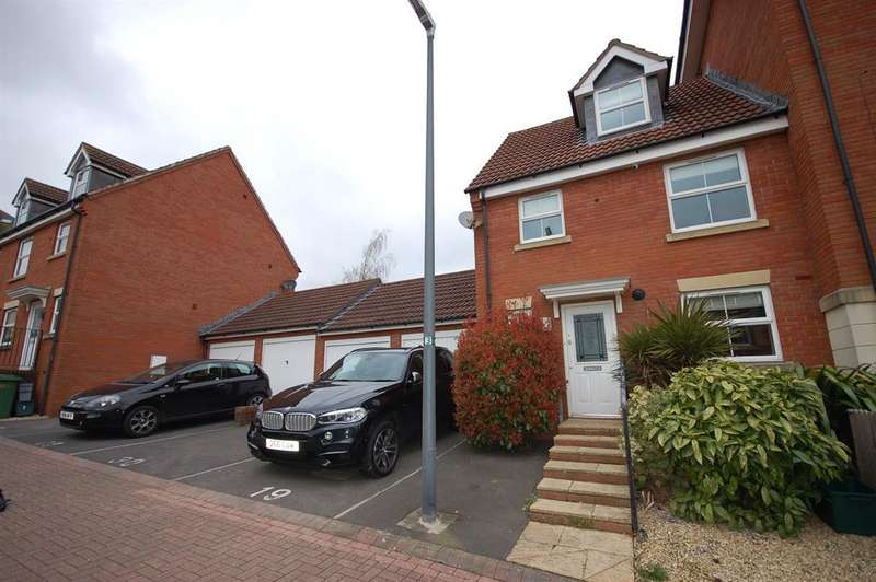 3 Bedrooms Semi Detached House for sale in Kingswood Heights, Kingswood, Bristol BS15 1TD