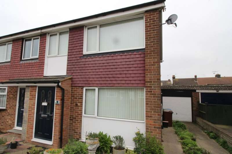 3 Bedrooms Semi Detached House for sale in Sterling Road, Queenborough, ME11