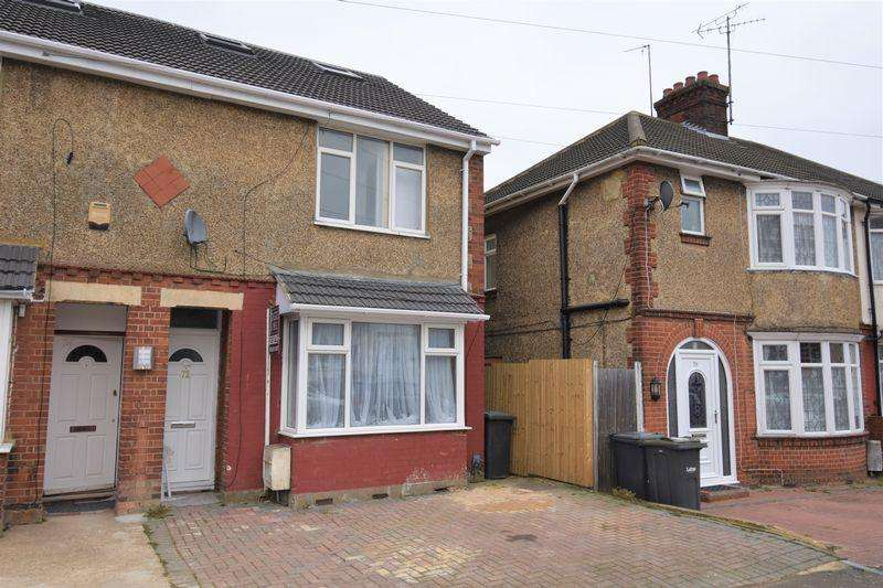4 Bedrooms End Of Terrace House for sale in Newark Road.