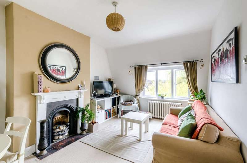 1 Bedroom Flat for sale in Kings Avenue, Clapham, SW12