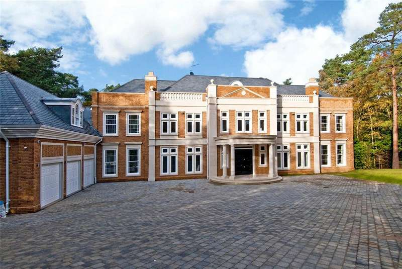 5 Bedrooms Detached House for rent in Camp End Road, St George's Hill, Weybridge, Surrey, KT13